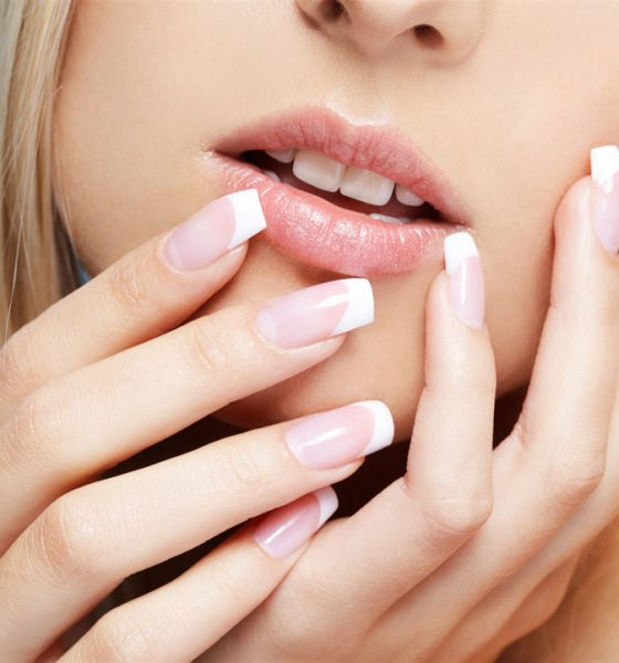 Ways to Create A French Nail Design : Step-By-Step for Beginners